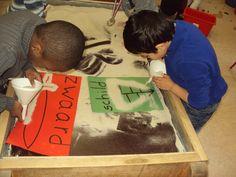 Welkom in de 3de kleuterklas van school Windroos ! Preschool Classroom, Kindergarten, Dramatic Play Themes, Reggio Emilia Approach, Wolf, Love You Dad, Playground, Cool Kids, Rock And Roll