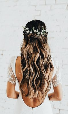 Wedding Hair Down Wedding bride bridal hair hairstyle updo hairdo loose waves curls long down half up half down flowers crown Indie Wedding Dress, Wedding Hair Down, Bohemian Wedding Dresses, Sexy Wedding Dresses, Wedding Hair And Makeup, Wedding Updo, Bridal Dresses, Half Up Half Down Wedding Hair, Wedding Hair Styles