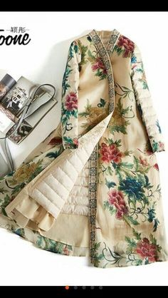 39 Super Ideas for dress floral outfit winter Look Fashion, Hijab Fashion, Winter Fashion, Fashion Dresses, Womens Fashion, Fashion Trends, Fashion Styles, Latest Fashion, Runway Fashion