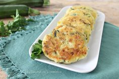 Ricette con le zucchine - Tantissime ricette semplici e sfiziose, tutte da provare Ricotta, Zucchini, Antipasto, Pancake, Finger Foods, Baked Potato, Cauliflower, Potatoes, Meat