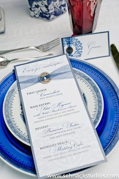 REDS + BLUES: chinoiserie inspired menu & place card