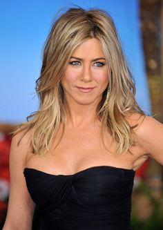 jennifer aniston style | The Rachel: Jennifer Aniston's Hair Transformation