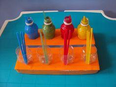 Des idées de jeux à fabriquer (matériel teacch) avec peu de choses. Essentiellement pour enfants autistes, mais peut convenir pour enfant sans handicap http://atendiendonecesidades.blogspot.fr/2012/11/material-teacch-y-otras-ideas.html