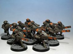 40k - Tau Firewarriors (cool paint scheme)