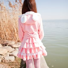 Jacket with ears and bow toped with the frily skirt