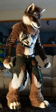 """fursuitpursuits: """"RT @randonwolfy: Are you ready for @eurofurence ? :) #EF21 http://t.co/DL3vzCYYgx (Source) """""""
