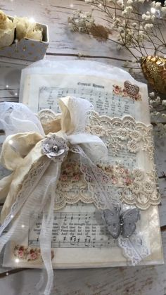 Bella Vintage Notebook Bella Vintage lace Journals Write out your own fairy tale in the pages of a notebook that inspires romantic sentiments and dreamlike v. Handmade Journals, Handmade Books, Handmade Crafts, Album Vintage, Vintage Notebook, Junk Journal, Book Crafts, Paper Crafts, Fabric Book Covers