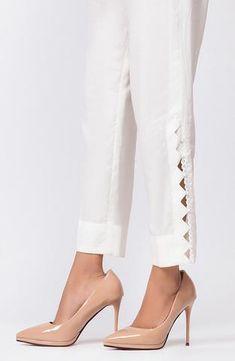 Trousers For Girls, Trousers Women, Pants For Women, Pakistani Fashion Casual, Pakistani Dress Design, Pakistani Girl, Pakistani Designers, Kurta Designs Women, Salwar Designs