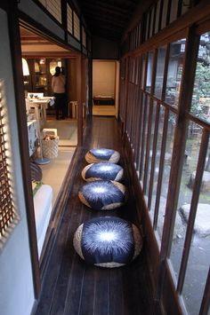 IKEA×古民家イベント Japanese Modern House, Japanese Home Design, Traditional Japanese House, Architecture Design, Japanese Architecture, Washitsu, Japan Interior, Garden Frame, Style Japonais