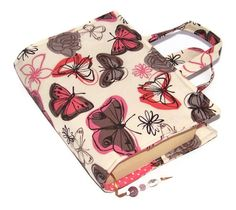 Padded Book Bag in lovely BUTTERFLIES CREAM from a fabric called Flights of Fancy by Lucy Sturgess from Studio E. A beautiful folksyspringstyle gift for book lovers. Book Lovers Gifts, Book Gifts, Creative Book Covers, Binder Covers, Beautiful Gifts, Lining Fabric, Bookbinding, Wooden Beads, Sewing Crafts