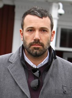 Ben Affleck photo One of Ben's greatest roles is that of Bond. But, what are they saying about the womer he co-stars with? Click here: http://celebzis.com/ben-affleck-sienna-miller-bond-filming-live-by-night-in-l-a/