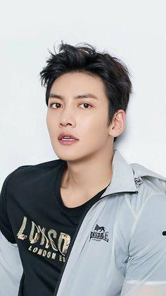 ❤❤ 지 창 욱 Ji Chang Wook ♡♡ that handsome and sexy look . Ji Chang Wook 2017, Ji Chang Wook Smile, Ji Chang Wook Healer, Ji Chan Wook, Asian Actors, Korean Actors, Korean Star, Korean Men, Park Hyun Sik