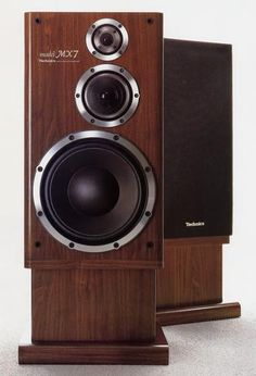 high end home audio equipment Music Speakers, Hifi Speakers, Hifi Audio, Tower Speakers, Audio Design, Speaker Design, Technics Hifi, Audio Studio, Home Theater Setup