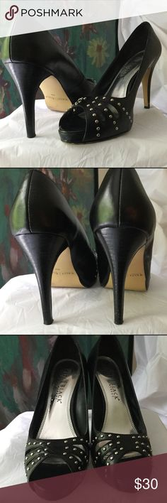 """NEW LISTING Gorgeous gently used White House Black Market peep toes. 4"""" heels. Silver stud accents. White House Black Market Shoes Heels"""