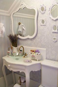 White decor.... love it