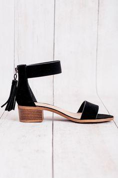 city classified women's black briefly velvet tassled zipper ankle strap sandals