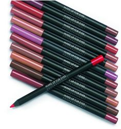 ¿Buscáis un lápiz de labio de larga duración y resistente al agua? No os perdáis el post.