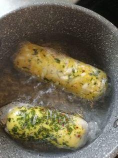 Low carb karlovarský knedlík Low Carb, Mozzarella, Lowes, Sausage, Meat, Vegetables, Food, Turmeric, Sausages