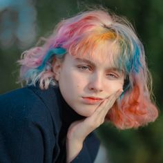 Mora, the multicolored girl by Zoë Lena Rebecchi – Fashion Grunge - Haarfarben Style Grunge, Grunge Look, 90s Grunge, Grunge Outfits, Grunge Girl, Fashion Outfits, Portrait Inspiration, Hair Inspiration, Style Pastel