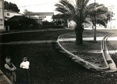 1959 - Avenida Cidade Jardim. Obras de pavimentação, vista na altura da esquina com a avenida 9 de Julho.