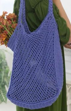 I might try making this out of a sturdier yarn and use it for a laundry bag when we go camping...