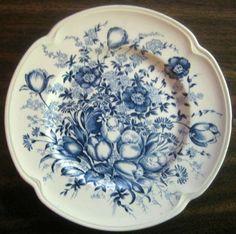 Decorative Dishes - Blue Toile Transferware Tulip Vintage Plate S, $19.99 (http://www.decorativedishes.net/blue-toile-transferware-tulip-vintage-plate-s/)