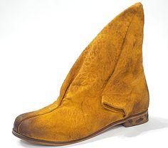 Ausgefallenes Design für einen individuellen Style! Papucei-Boots Everyday Shoes, Cowboy Boots, Design, Fashion, Loafers, Boots, Handbags, Moda, Fashion Styles