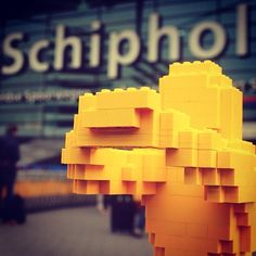 Holland, I'm here! The Art of the Brick is now on display in Amsterdam EXPO. My Dutch adventure starts today. #hugmaninholland #theartofthebrick #nathansawaya