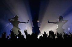 BABYMETAL「APOCRYPHA - THE WHITE MASS -」東京・Zepp Tokyo公演2日目の様子。(Photo by Taku…