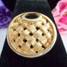 "Vintage Tres Petit SARAH COVENTRY Round Woven Style Goldtone Brooch- just under 1"" Round"