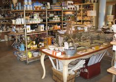 Fancy food items, kitchen things- love the vintage bakery case and racks used for display. Cheesy Recipes, Dinners For Kids, Healthy Snacks For Kids, Healthy Dinner Recipes, Kids Meals, Tzatziki, Cafe Signage, Vintage Bakery, Food Displays