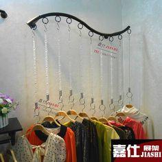 Loja de roupas cabide prateleira de exposição prateleira de ...