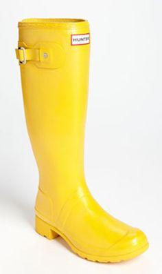 lightweight rain boots  http://rstyle.me/n/ez93rpdpe