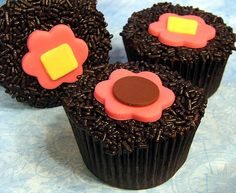 Google Afbeeldingen resultaat voor http://www.cupcakesenmuffins.nl/wp-content/uploads/2011/12/brownie-cupcakes.jpg