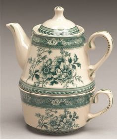 Green Floral Teapot Tea For One - Porcelain China
