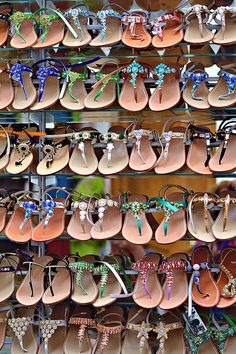1) Rent a Beach Chair and Enjoy the Amazing ViewBeach chairs are inexpensive and you cannot beat that view!2) Buy Custom Leather SandalsHand-crafted sandals are an Amalfi Coast specialty. I think y…