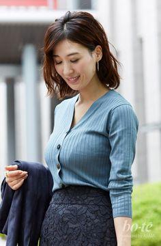 Women S Fashion Queen Street Code: 8869773039 Love Fashion, Girl Fashion, Womens Fashion, India Beauty, Asian Beauty, Blazer Jackets For Women, Indonesian Girls, Japanese Beauty, Beautiful Asian Women