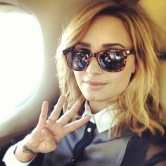16 Signs You're Becoming Demi Lovato BY Demi Lovato!