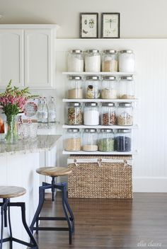 25 Beautifully Organized Spaces - Tidbits