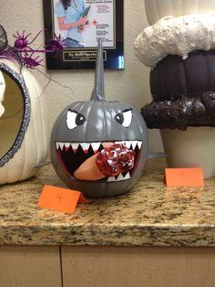 Shark Pumpkin 2014- www.drsperbeck.com pumpkin contest