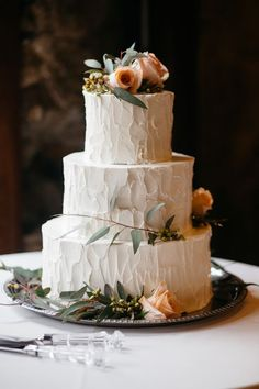 Wedding Cakes 94453 Whimsical Outdoor Wedding At Tyler Arboretum Whimsical Wedding Cakes, Wedding Cake Rustic, Wedding Cake Designs, Outdoor Wedding Cakes, Oval Wedding Cakes, Spring Wedding Cakes, Wedding Goals, Dream Wedding, Gown Wedding