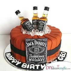 New Birthday Cake Ideas For Adults Jack Daniels Ideas Jack Daniels Torte, Bolo Jack Daniels, Festa Jack Daniels, Jack Daniels Birthday, Fancy Cakes, Cute Cakes, Beautiful Cakes, Amazing Cakes, Fondant Cakes