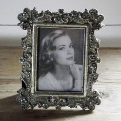 A perfect pretty little gift or perhaps as an addition to a mix of frames.  There is beautiful and intricate detail on this small frame, featuring small flowers and ornate hearts, we love this little one.  2.5 x 3.5″  - See more at: http://www.maisonwhite.co.uk/product/small-silver-photo-frame/#sthash.HJPu54c5.dpuf