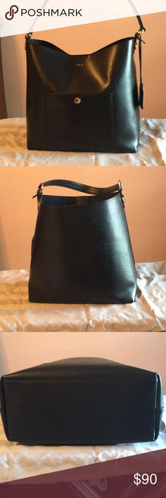 Lauren Ralph Lauren Hobo bag Pretty spacious Hobo bag. Another one from my collection that just sits in my closet. Used a couple of times. No scratches or marks. Comes with shoulder strap. Lauren Ralph Lauren Bags Hobos