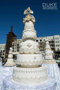 Amazing couture wedding cake by @Royal Cakes