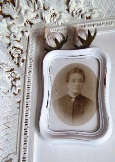 Bilder - Vintage.Shabby Chic Bildchen in Weiß gestrichen. - ein Designerstück von Vintage--Kiosk bei DaWanda