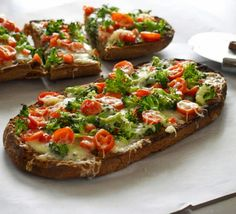 French bread vegetable pizza....Holy crap.