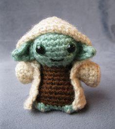 Ravelry: Yoda - Star Wars Mini Amigurumi pattern by Lucy Ravenscar Star Wars Crochet, Crochet Stars, Cute Crochet, Crochet Crafts, Crochet Dolls, Yarn Crafts, Crochet Geek, Crochet Kits, Beginner Crochet
