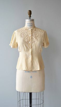 Cutout Lace silk blouse vintage 1950s lace blouse cream