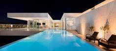 Villa Escarpa / Mario Martins   © Fernando Guerra, FG+SG Architectural Photography.